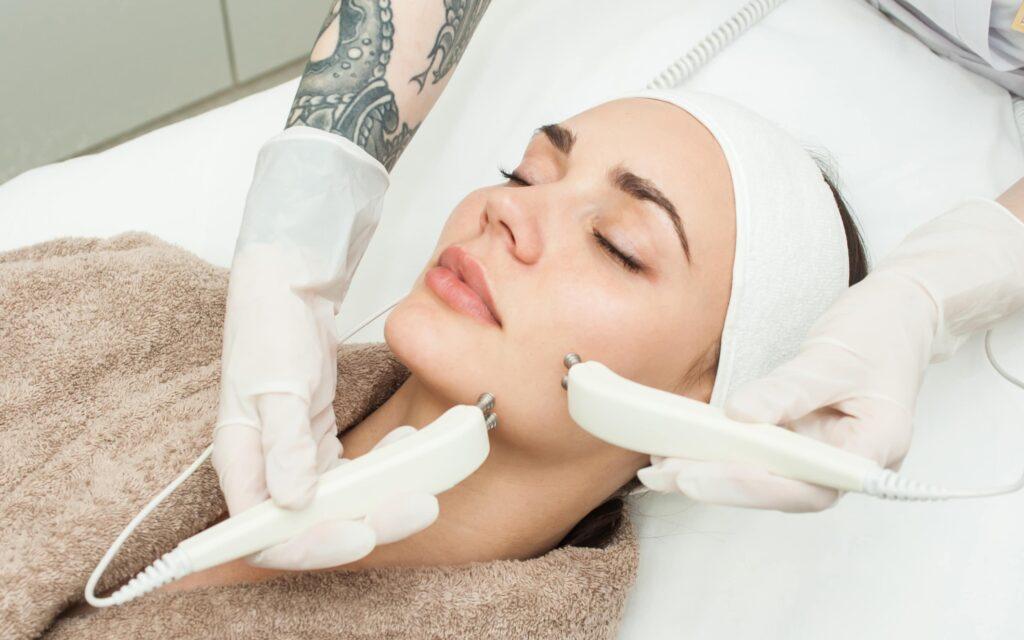 микротоки процедура для лица
